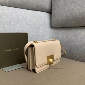 Bottega Veneta Mini BV Classic Bag In Nude Calfskin