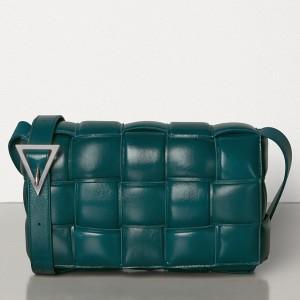 Bottega Veneta Padded Cassette Bag In Green Calfskin