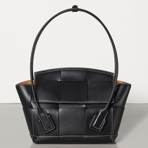 Bottega Veneta Arco 33 Intrecciato Bag In Black Calfskin