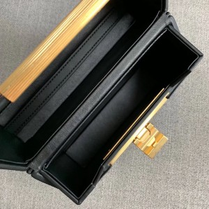 Bottega Veneta Daisey Bag In Black French Calf