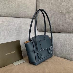 Bottega Veneta Arco 33 Intrecciato Bag In Navy Blue Calfskin