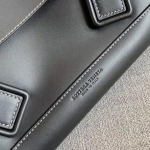 Bottega Veneta Arco 48 Bag In Black French Calf