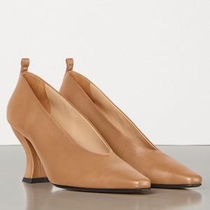 Bottega Veneta Almond Toe Pumps In Nude Nappa Leather