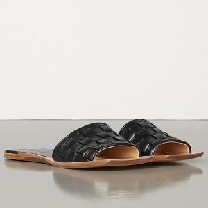 Bottega Veneta Intrecciato Slides In Black Nappa Leather